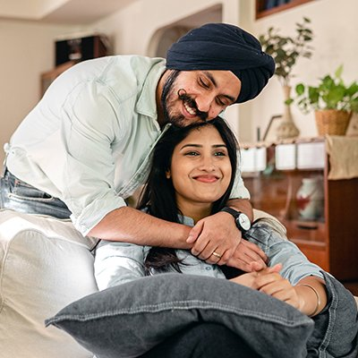 A Sikh Couple embraces